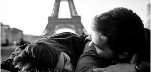 Torre-Eiffel-Blanco-y-negro-1-564x272